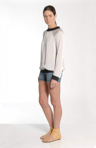 VACCINE - Sports style luxe jumper
